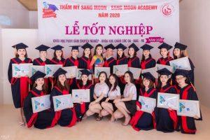 Lễ tốt nghiệp dạy nghề spa tại thẩm mỹ viện Sang moon