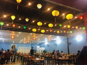Không gian phía trong nhà hàng Thái Bình