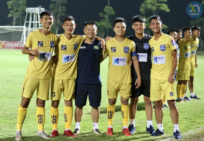 Sông Lam Nghệ An đang thành công với đội trẻ