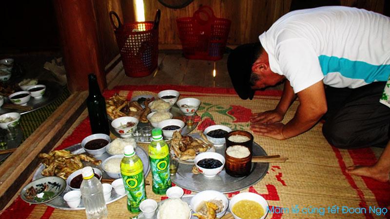 Tết Đoan Ngọ của người Thái ở Nghệ An
