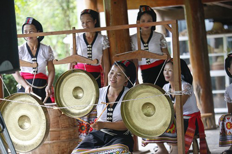 Du lịch cộng đồng bản nưa văn hóa bản Nưa