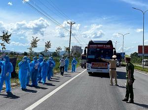 Tỉnh Nghệ An đã tổ chức tiếp nhận hơn 830 công dân từ TP. HCM và các tỉnh phía Nam