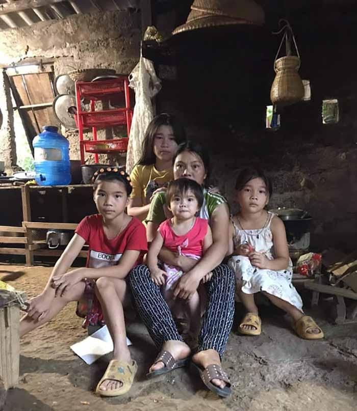 Hoàn cảnh éo le của gia đình chị Phúc Min Hóa Quảng Bình