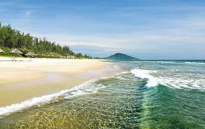 du lịch Hà Tĩnh biển Thiên Cầm